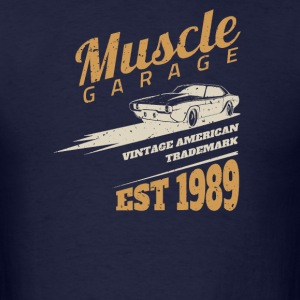 American muscle car Grage - Men's T-Shirt