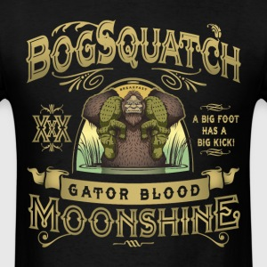 Bog Squatch Gator Blood Moonshine - Men's T-Shirt