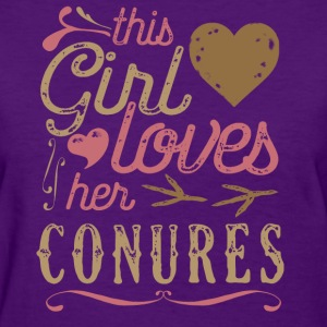 This Girl Loves Her Conure Parrot T-Shirts - Women's T-Shirt
