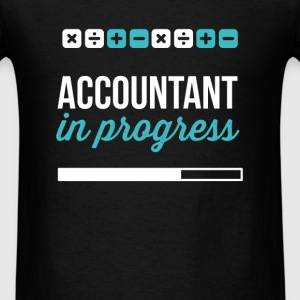 Accountant in progress - Men's T-Shirt