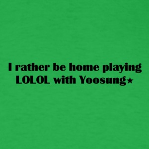 Home playing LOLOL with Yoosung - Men's T-Shirt