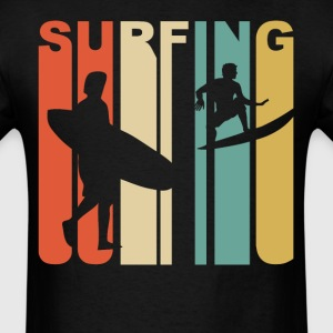 Retro 1970's Style Surfer Silhouette Surfing - Men's T-Shirt