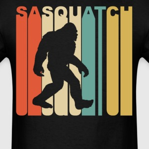 Retro 1970's Style Sasquatch Silhouette Bigfoot - Men's T-Shirt