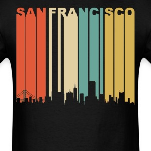 Retro San Francisco California Downtown Skyline - Men's T-Shirt