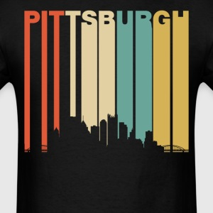 Retro Pittsburgh Pennsylvania Downtown Skyline - Men's T-Shirt