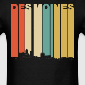 Vintage 1970's Style Des Moines Iowa Skyline - Men's T-Shirt