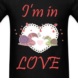 I am in LOVE couple - Men's T-Shirt
