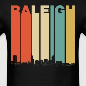Retro Style Raleigh North Carolina Skyline - Men's T-Shirt