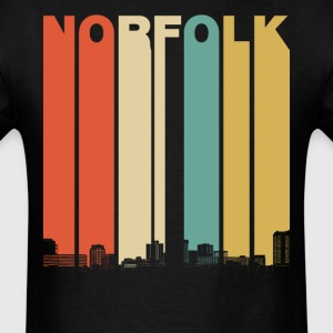 Vintage 1970's Style Norfolk Virginia Skyline - Men's T-Shirt