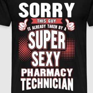 Pharmacy technician - This guy is taken by her - Men's Premium T-Shirt