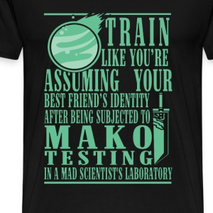Scientist's laboratory - Train like you're assumin - Men's Premium T-Shirt