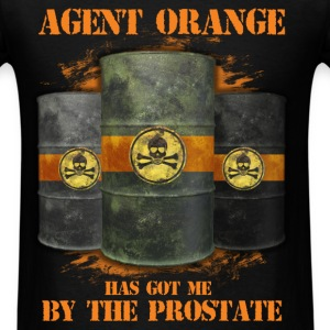 Agent Orange - Agent orange has got me by the pros - Men's T-Shirt