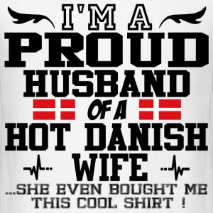 danish wife 1167786.png T-Shirts - Men's T-Shirt