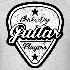 chicks dig guitar players 2.0 T-Shirts - Men's T-Shirt