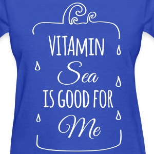 Vitamin sea is good for me ocean beach holiday C T-Shirts - Women's T-Shirt