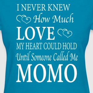 Momo - Women's T-Shirt
