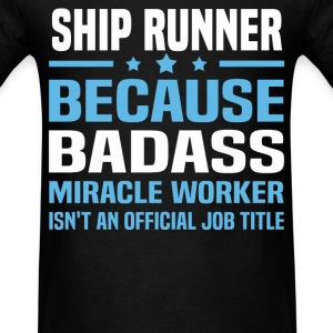 Ship Runner Tshirt - Men's T-Shirt