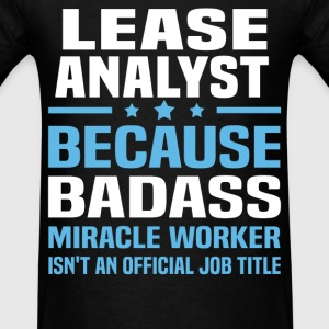 Lease Analyst Tshirt - Men's T-Shirt
