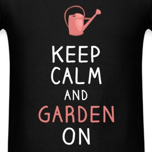 Gardening - Keep calm and garden on - Men's T-Shirt