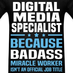 Digital Media Specialist Tshirt - Men's T-Shirt