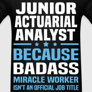 Junior Actuarial Analyst Tshirt - Men's T-Shirt