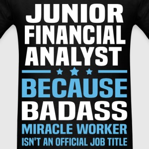 Junior Financial Analyst Tshirt - Men's T-Shirt