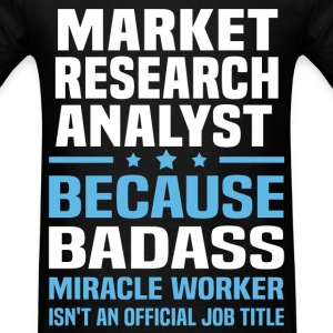 Market Research Analyst Tshirt - Men's T-Shirt