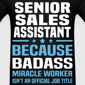 Senior Sales Assistant Tshirt - Men's T-Shirt