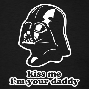 Darth Vader Kiss Me I'm Your Daddy St Patricks Day - Men's T-Shirt