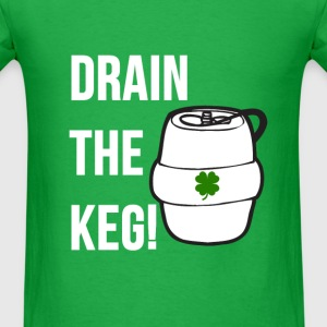 Funny DRAIN THE KEG of beer Shamrock Graphic Irish T-Shirts - Men's T-Shirt