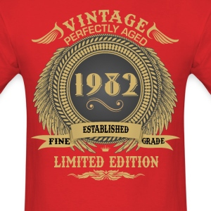 Vintage Perfectly Aged 1982 Limited Edition T-Shirts - Men's T-Shirt