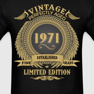 Vintage Perfectly Aged 1971 Limited Edition T-Shirts - Men's T-Shirt