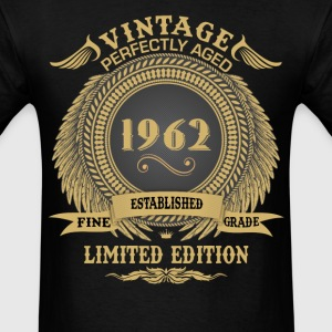 Vintage Perfectly Aged 1962 Limited Edition T-Shirts - Men's T-Shirt