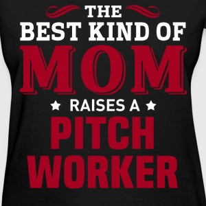 Pitch Worker MOM - Women's T-Shirt