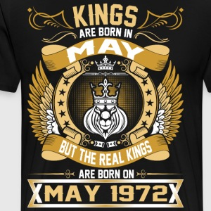 The Real Kings Are Born On May 1972 T-Shirts - Men's Premium T-Shirt
