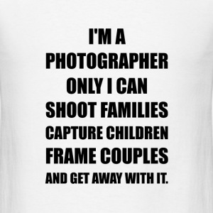 Photographer Shoot Capture Frame - Men's T-Shirt