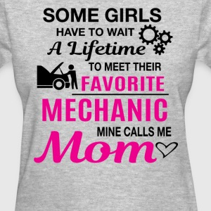 Mechanic Mom - Women's T-Shirt