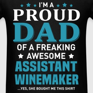 Assistant Winemaker's Dad - Men's T-Shirt