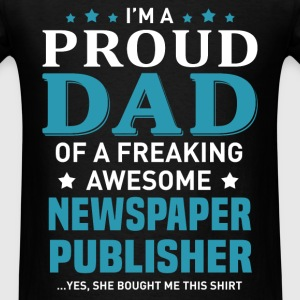 Newspaper Publisher's Dad - Men's T-Shirt