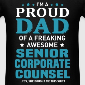 Senior Corporate Counsel's Dad - Men's T-Shirt
