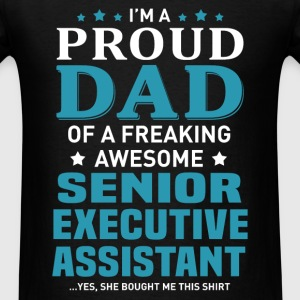 Senior Executive Assistant's Dad - Men's T-Shirt