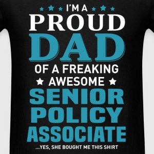 Senior Policy Associate's Dad - Men's T-Shirt