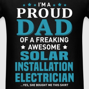 Solar Installation Electrician's Dad - Men's T-Shirt