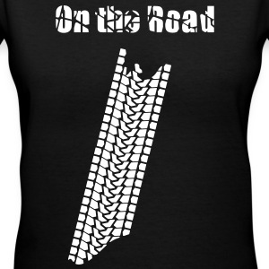 On the road - Women's V-Neck T-Shirt