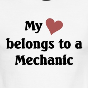 My heart belongs to a Mechanic - Men's Ringer T-Shirt