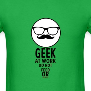 geek at work - Men's T-Shirt