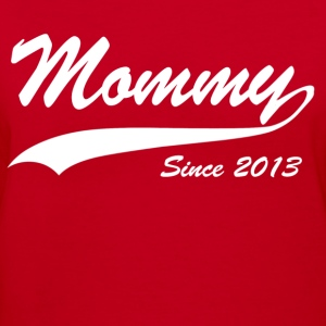 mommy since 2013 - Women's V-Neck T-Shirt