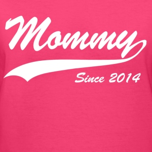 mommy since 2014 - Women's V-Neck T-Shirt