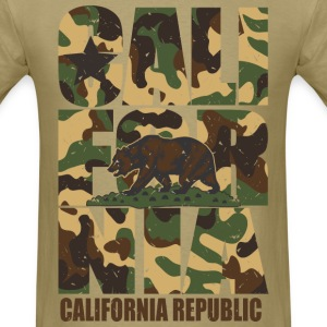 California Bear Vintage Camo Camouflage T-Shirts - Men's T-Shirt