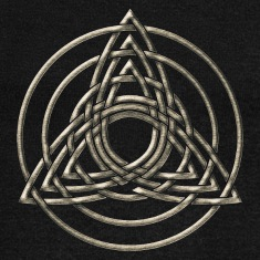 Triple Triquetra, Trinity, Symbol of perfection Long Sleeve Shirts